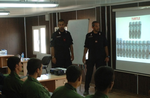 Carabinieri in fase di addestramento a militari stranieri