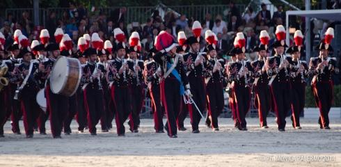 Risultati immagini per fanfara dei carabinieri maresciallo tassinari