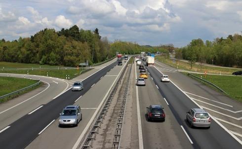 highway-329983_640