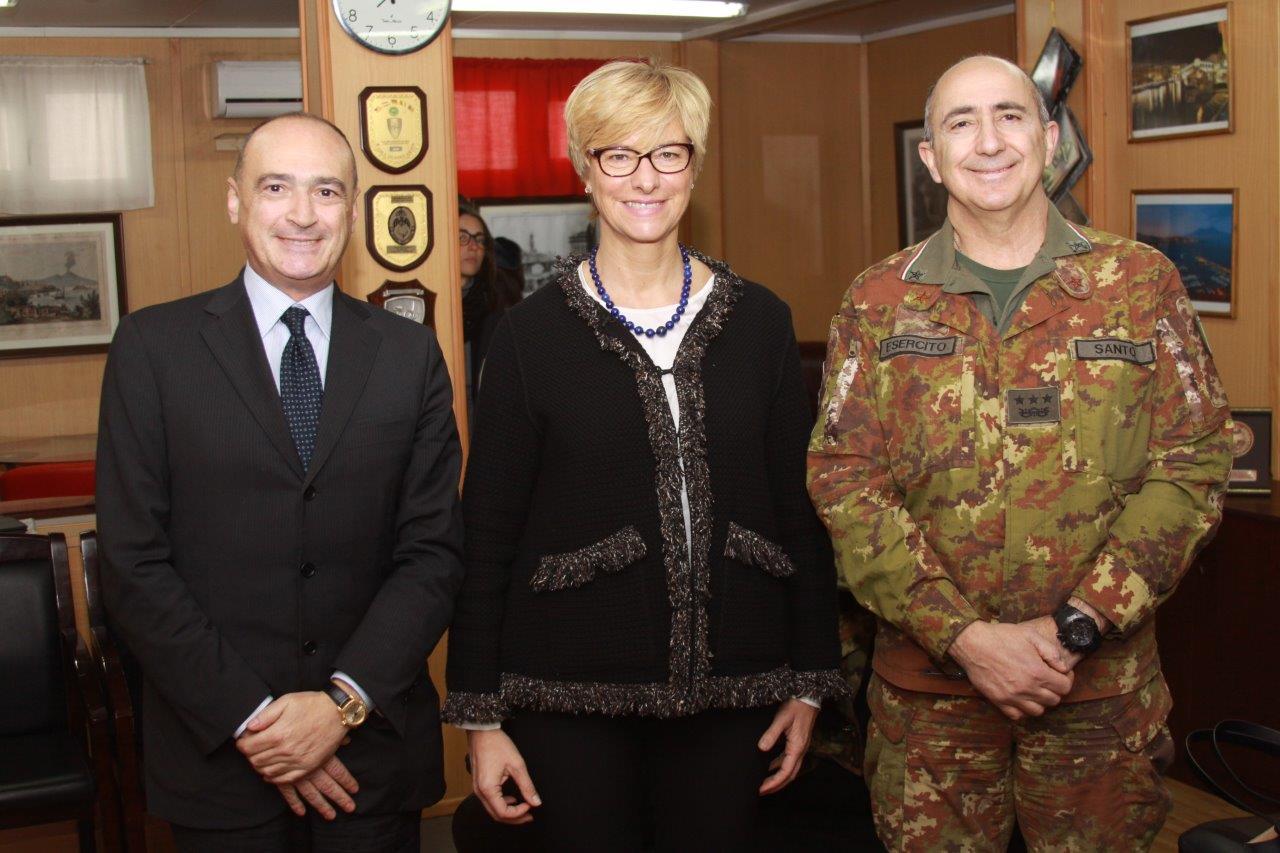 Ministro della difesa military news from italy for Dove ha sede il parlamento italiano