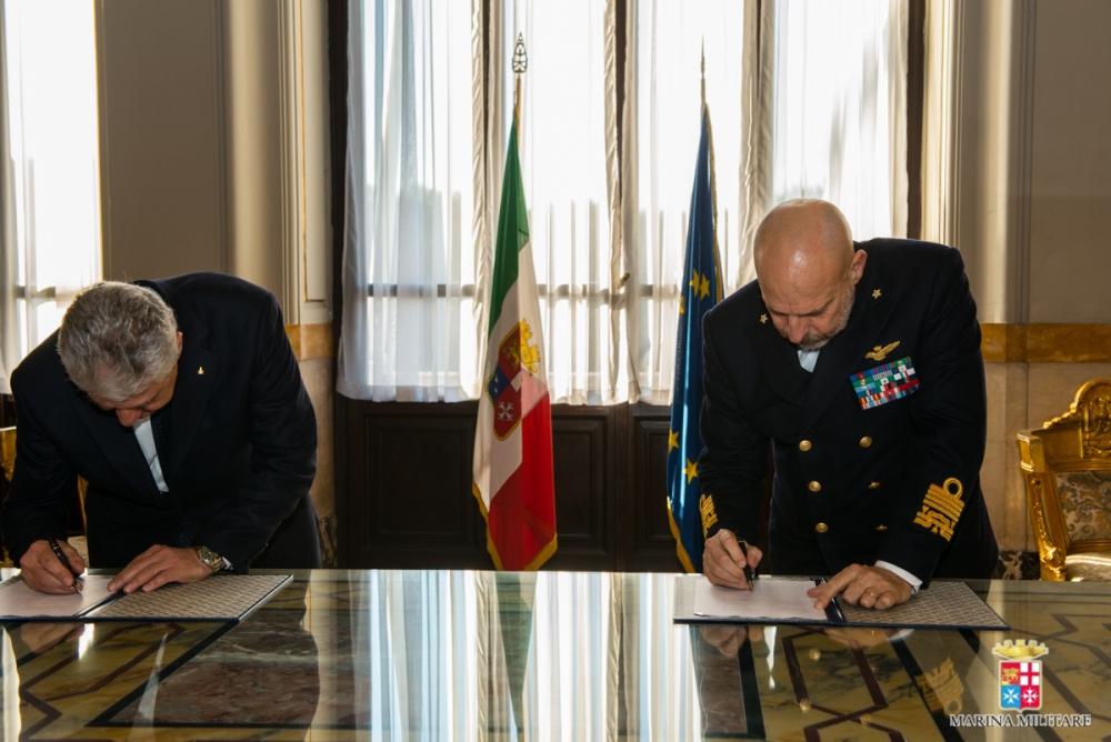 Marina militare e vigili del fuoco: siglato accordo di collaborazione (2/2)