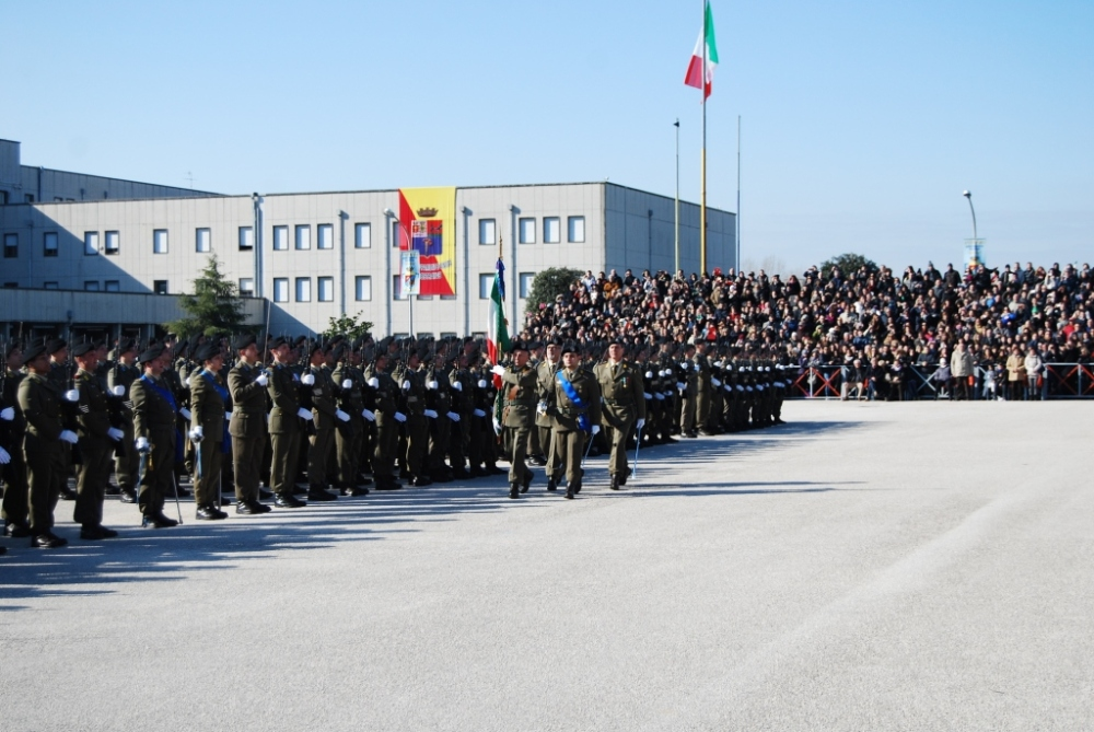 Capua: giuramento solenne per 905 volontari dell'esercito (1/3)