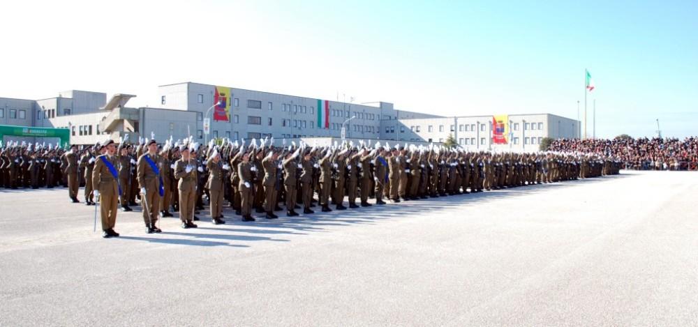 Capua: giuramento solenne per 905 volontari dell'esercito (2/3)