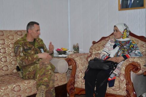 Il gen Risi con la direttrice del Department of Women Affairs di Herat Mrs Jamshidi