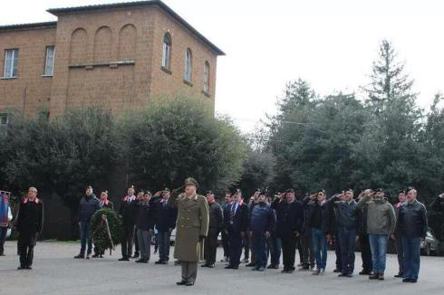 Schieramento raduno 2014 con il colonello Massimo Meinero