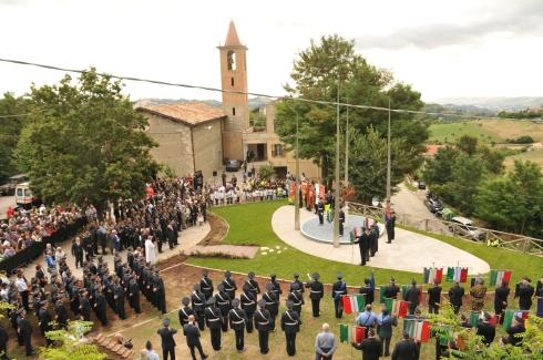 Un momento della cerimonia presso Gimigliano