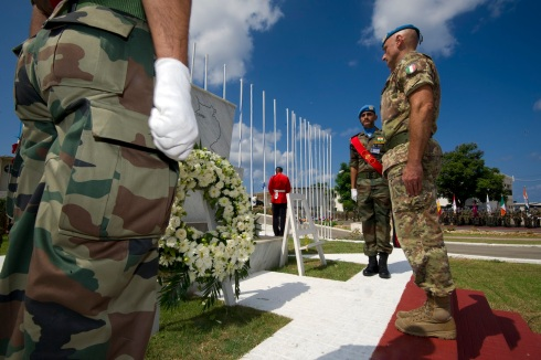 Il generale Portolano rende omaggio ai Caduti nelle missioni di pace