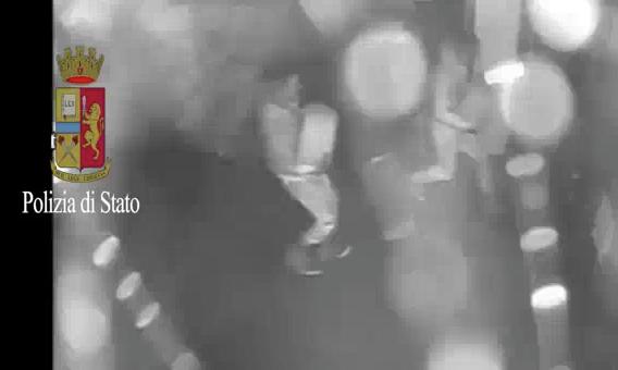 Furto di oltre 2000 forme di Parmigiano Reggiano nel modenese. Polizia arresta i colpevoli (2/2)