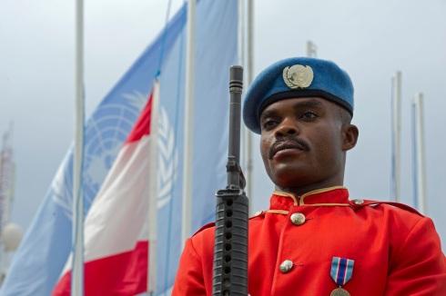 Peacekeeper del contingente ganese schierato per la cerimonia