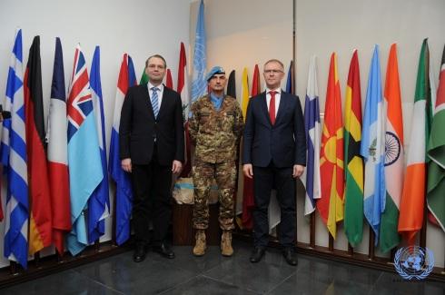 Da sin:  il min. della Difesa finlandese, il gen. Portolano e il min. della Difesa Estone