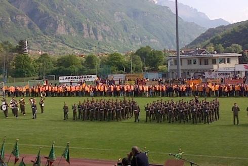 Un momento della cerimonia militare allo Stadio  Comunale