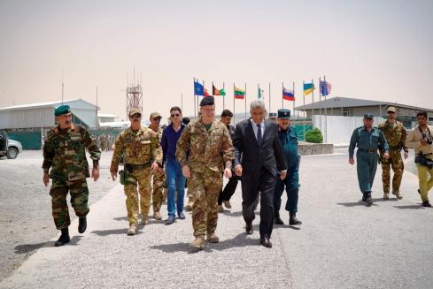 Gen. Mirra con il governatore di Herat