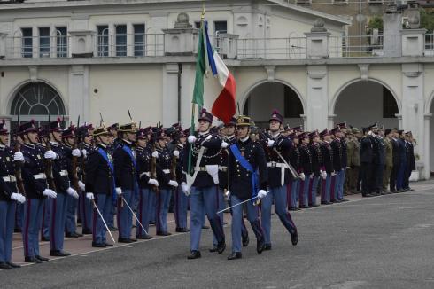 Bandiera di guerra, Gruppo Bandiera e Reggimento della Scuola Militare Teuliè