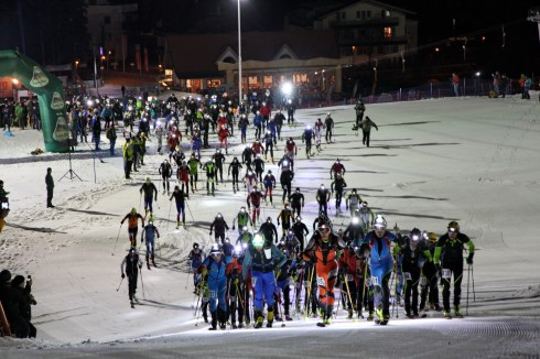 Partenza della gara di scialpinismo