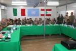 Il Gen.B. Olla con i comandanti delle unità multinazionalidipendenti