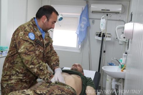 Ufficiale medico del contingente italiano in Shama.jpg