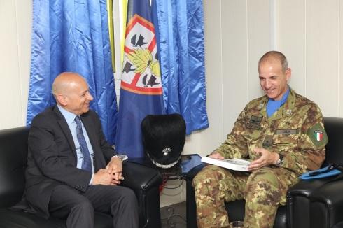 L'Office call dell'Ambasciatore presso il Comando del contingente italiano