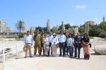 Delegazione in visita presso gli scavi archeologici diTiro