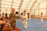 Ringraziamento all'istruttore di Taekwondo, casco blu di UNIFIL