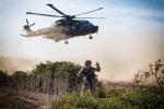 2017_10_18_JOINT STARS 17_Esercito Italiano_Ex VEGA 17_Ex Personnel Recovery_Elicottero HH-101 in fase diatterraggio