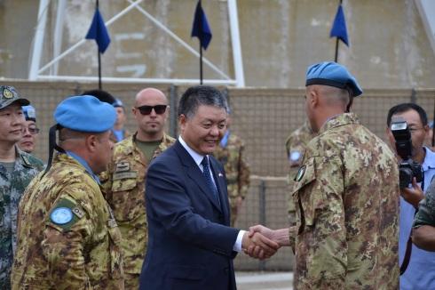 Arrivo dell'Ambasciatore Cinese e saluto agli Ufficiali italiani