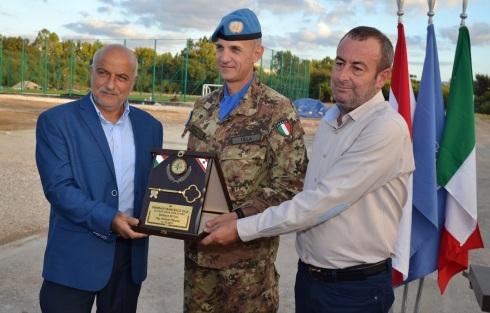 Il Gen.B. Fracnesco Olla riceve le chiavi della città di Tiro