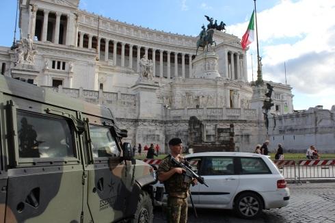 Roma, i militari di Starde Sicure all'Altare della Patria