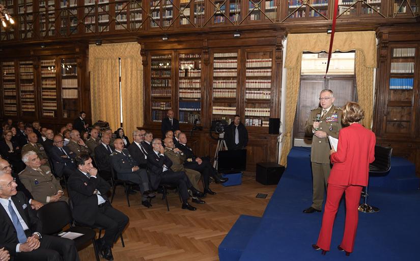 13. Il Capo di Stato Maggiore della Difesa Generale Graziano durante il suo intervento
