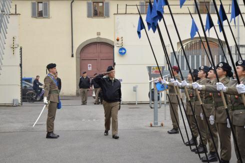 onori al Comandante Logistico dell'Esercito (1)