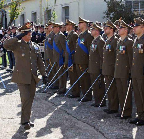 Onori al Comandante Logistico dell'Esercito