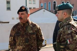 Capo di SME incontra i soldati impegnati nell'operazione strade sicure a Venezia (20)
