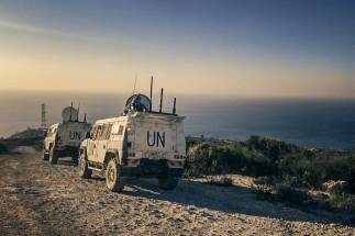 Monitoraggio della blu line da parte di una pattuglia dell'Esercito nella missione Unifil in Libano