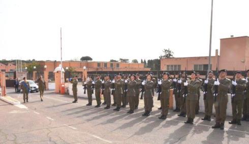 onori al Cte Logistico dell'Esercito