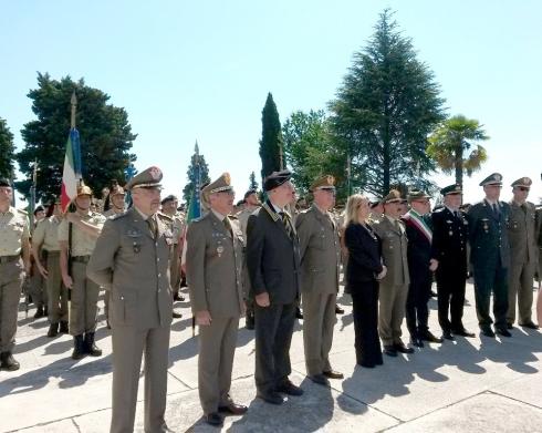 Le Autorità Militari, il sindaco di Nervesa e il Prefetto di Treviso