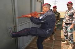 16b0dec9-69a8-40ee-a700-5d7dc63528a7missione in iraq_corso law enforcement_perquisizione localiMedium