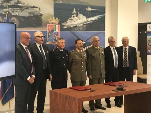 6 I rappresentanti delle Forze armate e della Società Consortile Iveco Oto Melara