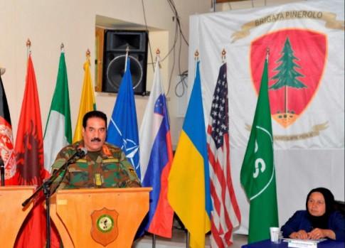 0af1cf78-d252-4b61-87f7-d7761e459d44foto 3 - comandante del 207 corpo d'armata esercito afganoMedium
