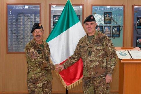 Il Capo di Stato Maggiore dell'Esercito accolto dal Comandante di KFOR