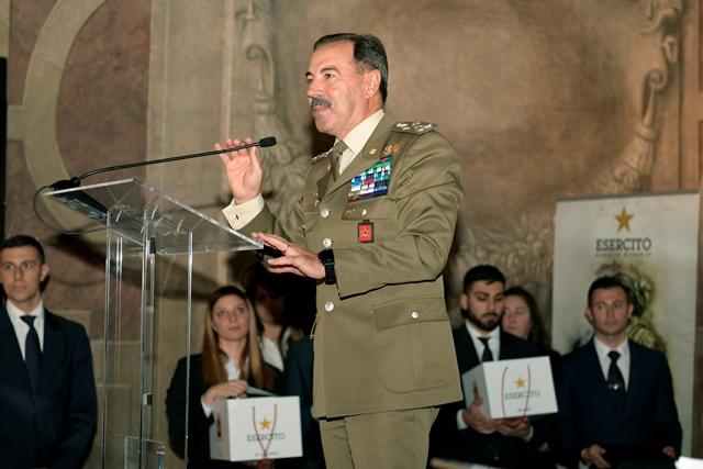 1 Il Capo di Stato Maggiore dell'Esercito