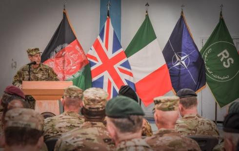 5. Un momento della cerimonia, intervento del Generale Austin Scott Miller