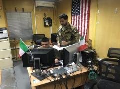 Il Maggiore Alessandro De Luca con un collega turco del Combined Security Transition Command-Afghanistan (CSTC-A)