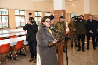 alcuni momenti della visita del ministro della difesa (6)