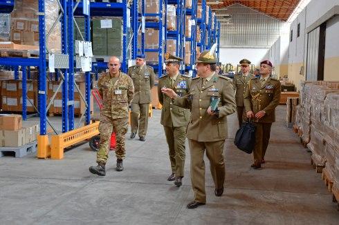 Il Comandante Logistico con il Direttore del 3° CERIMANT