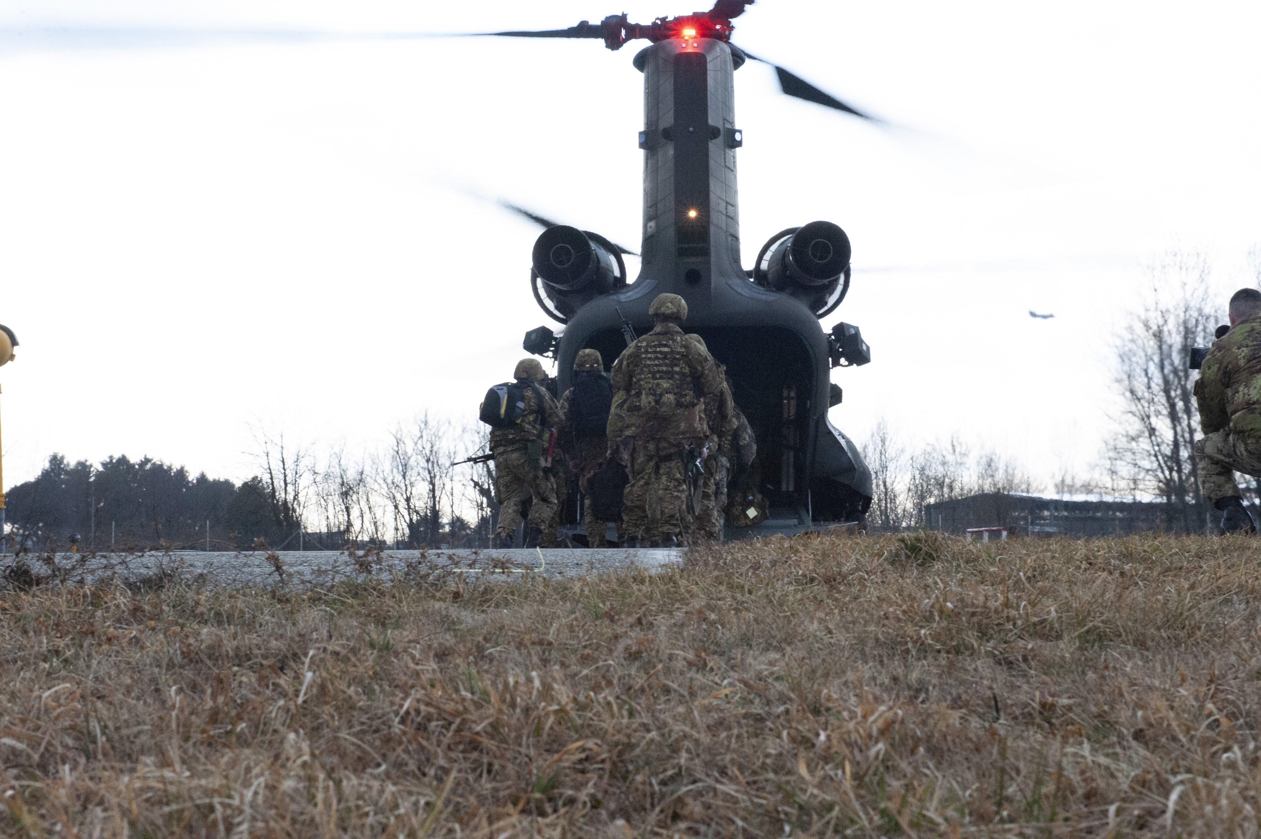 Un CH47 utilizzato nella Eagle Light III