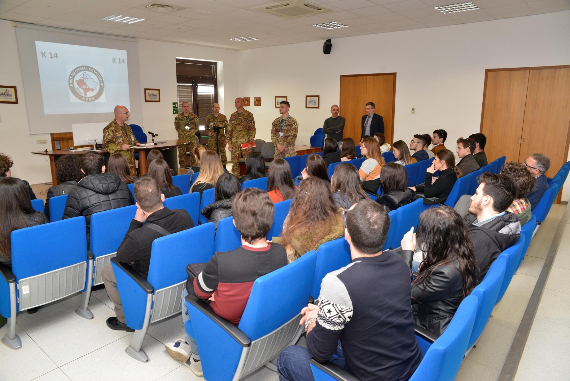 Briefing Col. Alfieri