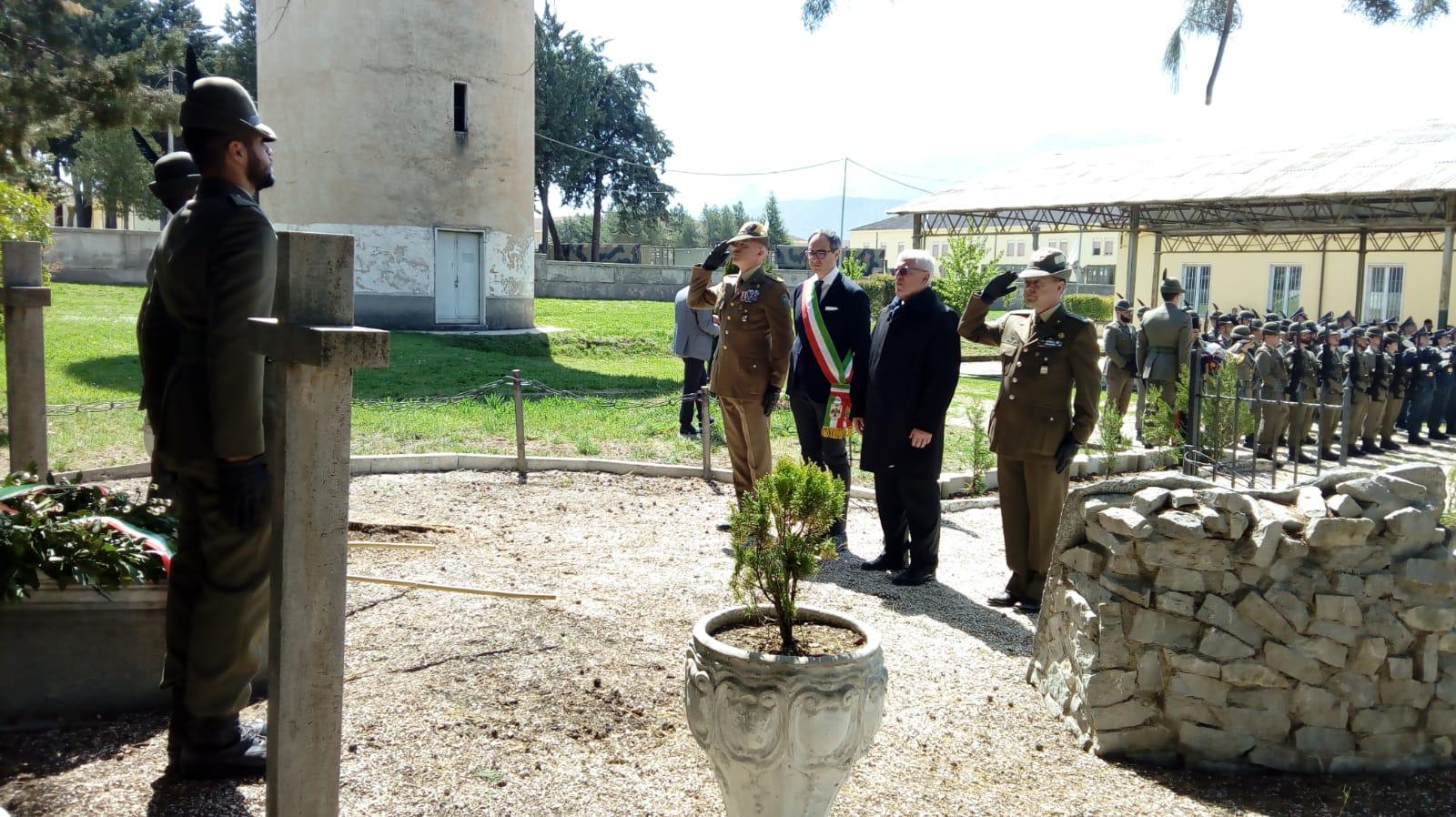FOTO 3 cerimonia caserma campomizzi