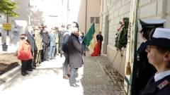 OTO 4 Deposizione corona piazzale Alenia-Thales