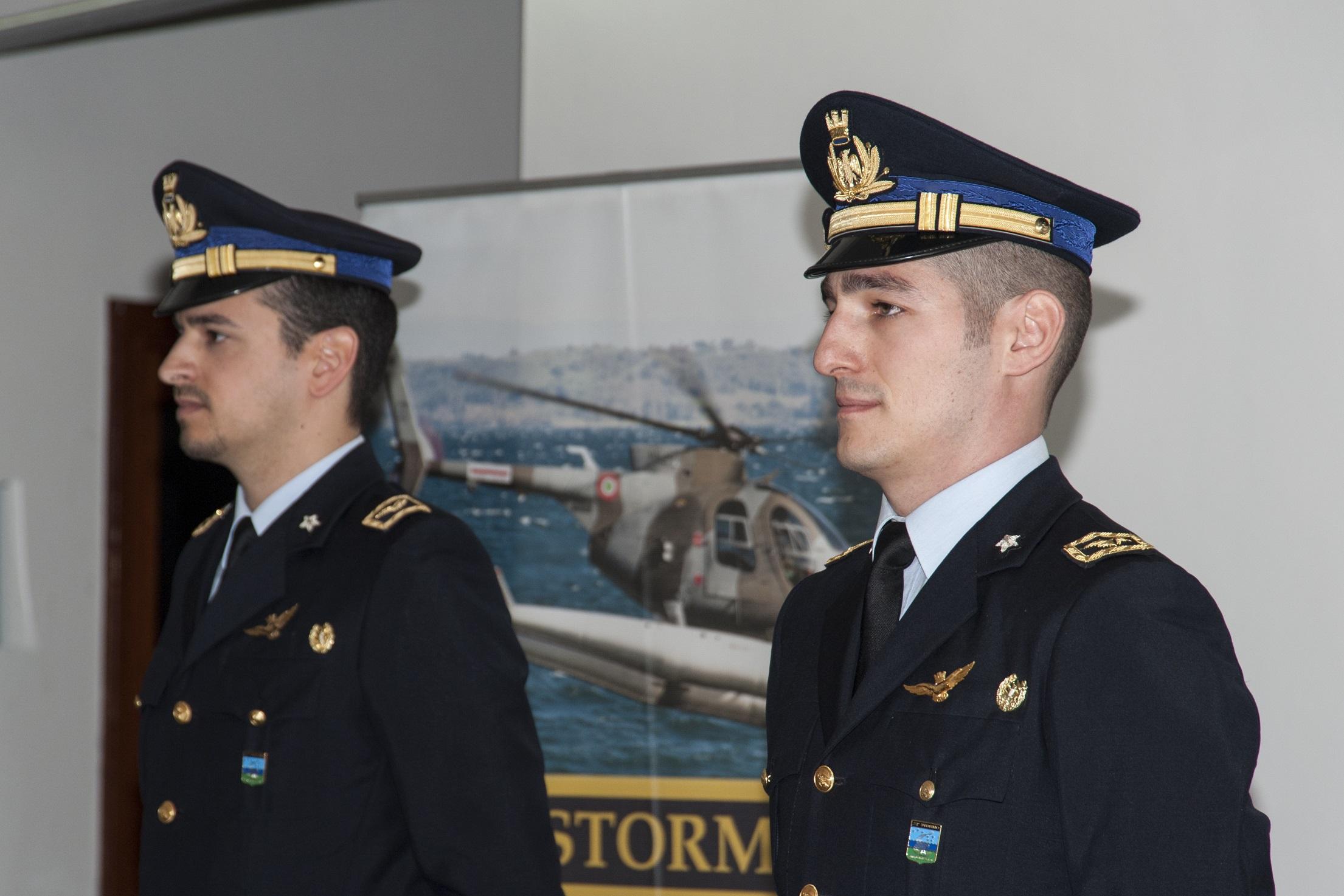 I due ufficiali con le loro Aquile sul petto