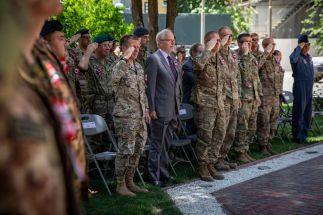 9. Un momento della cerimonia. Nella foto il Comandante della Missione Resolute Support, Generale Austin S. Miller, e il NATO Senior Civilian Representative, Sir Nicholas Kay