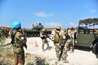 Libano Caschi Blu Italiani addestrano le LAF